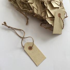 Etikett / anheng med naturlig streng 50 stk , hemmetshjarta.no