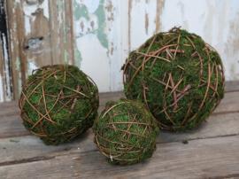 Fleur Moss ball med grener Ø18 cm 1 stk , hemmetshjarta.no