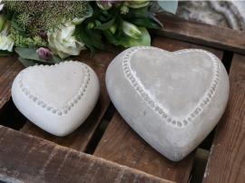 Hjerte med perlekant H4 / L10 / B9,7 cm Fransk grå 1 st , hemmetshjarta.no