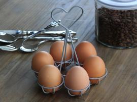 Uke 44 Eggholder til 6 egg Jern H15 cm , hemmetshjarta.no